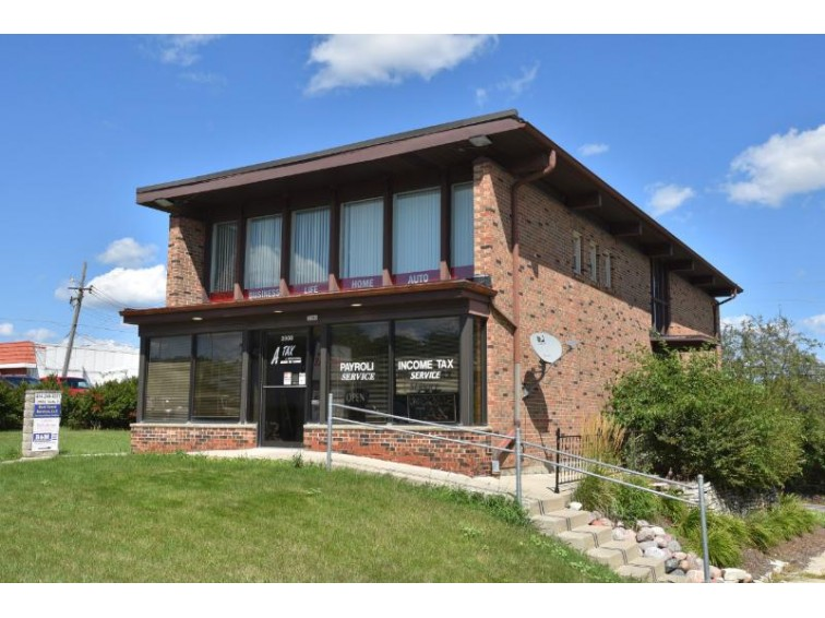 3900 N Mayfair Rd Wauwatosa, WI 53222 by Shorewest Realtors - South Metro $310,000