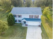 photo of 215 Willow Ln