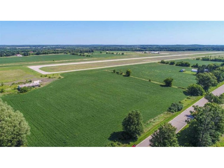 FERG Lane, Waupaca, WI by United Country-Udoni and Salan Realty $550,000