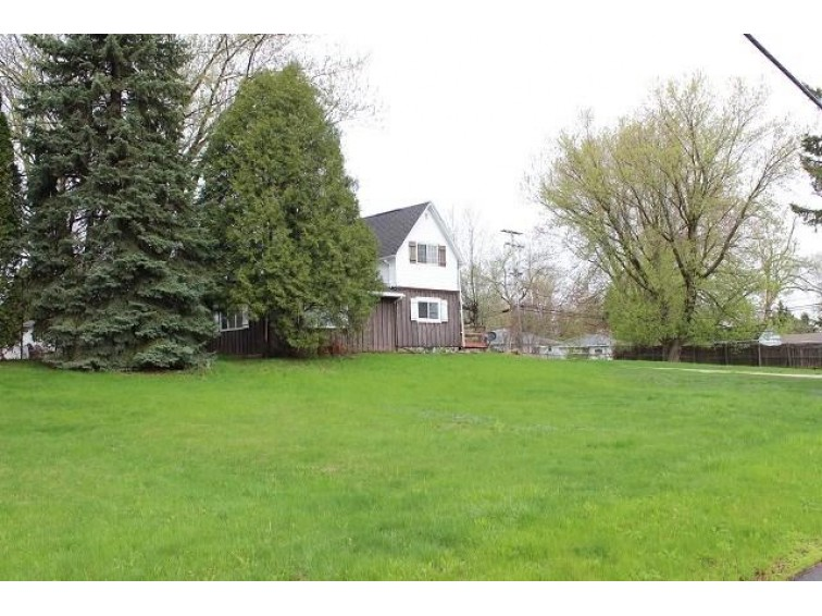 2517 N LYNNDALE Drive, Appleton, WI by Century 21 Affiliated $149,900