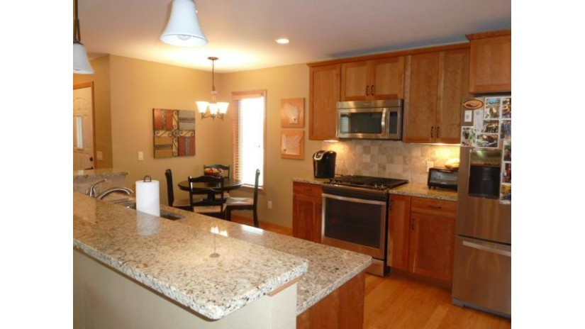 265 Heritage Dr 19 Fort Atkinson, WI 53538 by Wayne Hayes Real Estate LLC $265,000
