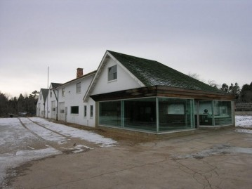3000 Forest Ave, Two Rivers, WI 54241-1927