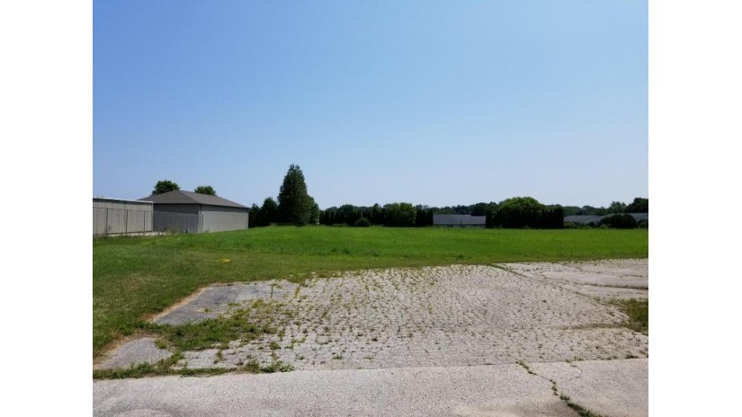 2031 N Rapids Rd Manitowoc, WI 54220-1019 by Action Realty $179,900