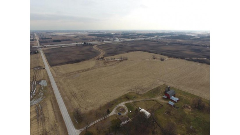 14305 Braun Rd Yorkville, WI 53177 by RE/MAX Newport Elite $5,000,000