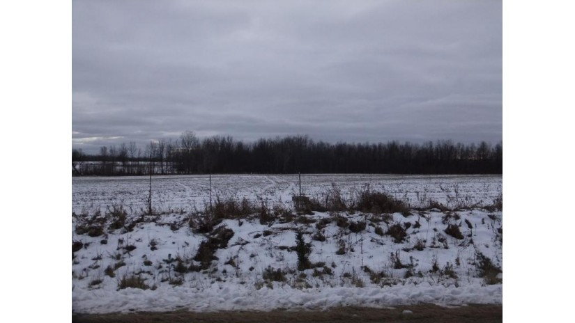7.82 Acres 3.5 Rd Menominee, MI 49858 by Broadway Real Estate $30,000