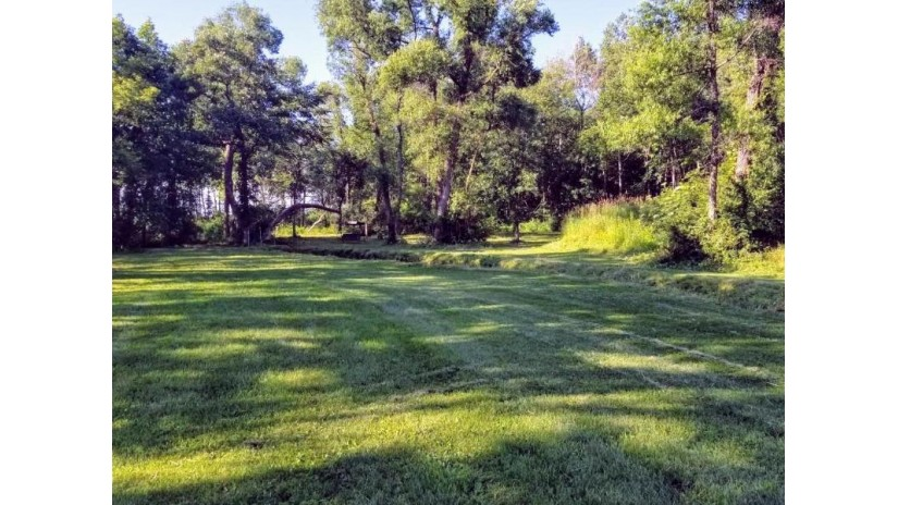 W4468 Palmer Rd Geneva, WI 53147 by Century 21 Affiliated $1,250,000