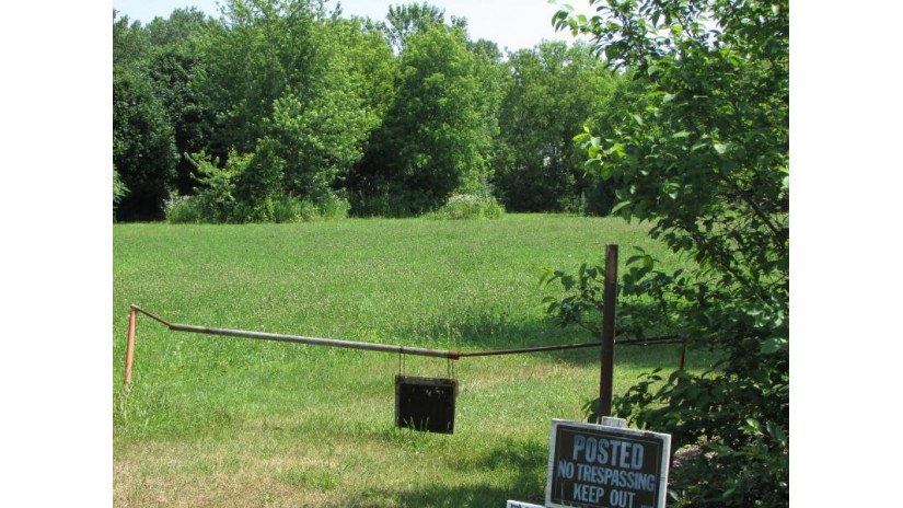 Lt1 Middle Rd Caledonia, WI 53402 by RE/MAX Realty 100 $75,000