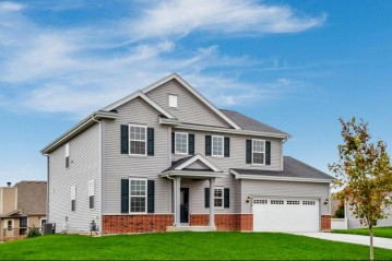 W240N5710 Maple Grove Ln, Sussex, WI 53089
