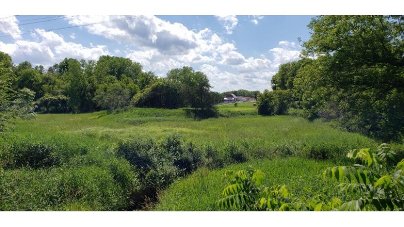 W5723 State Road 33 Shelby, WI 54601-0000 by United Country Midwest Lifestyles Properties LLC $2,770,000