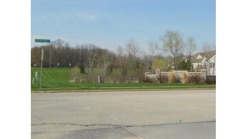 Lt32 Lower Woodford Cir West Bend, WI 53095 by Russell Real Estate $104,900