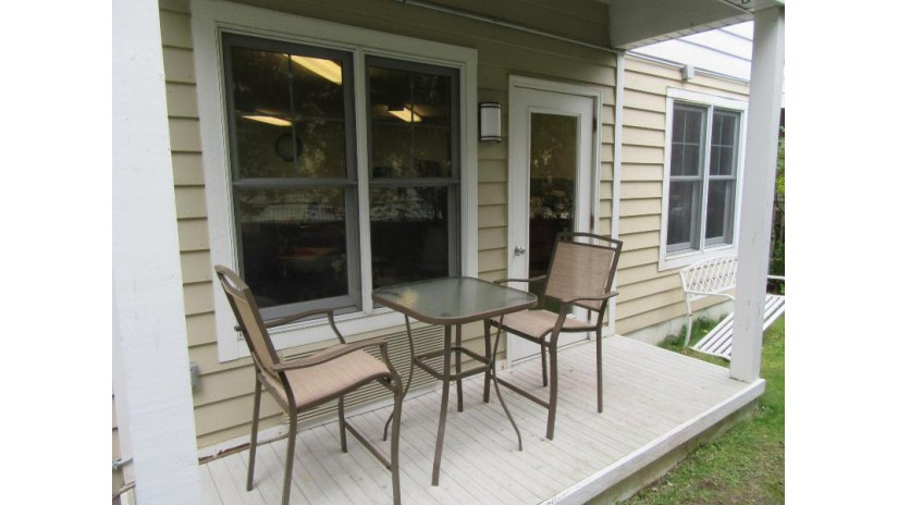 123 Center St 309 Lake Geneva, WI 53147 by Keefe Real Estate, Inc. $109,500