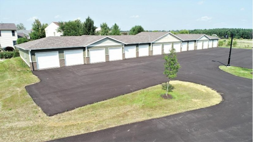 265 Thurow Dr 304 Oconomowoc, WI 53066 by Realty Executives - Integrity $270,000