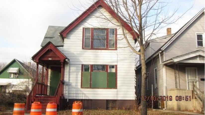2643 N 17th St Milwaukee, WI 53206-2023 by Homestead Realty, Inc~Milw $9,100