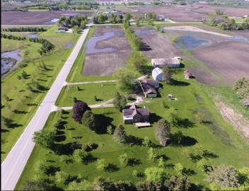 2200 53rd Dr, Yorkville, WI 53126-9753