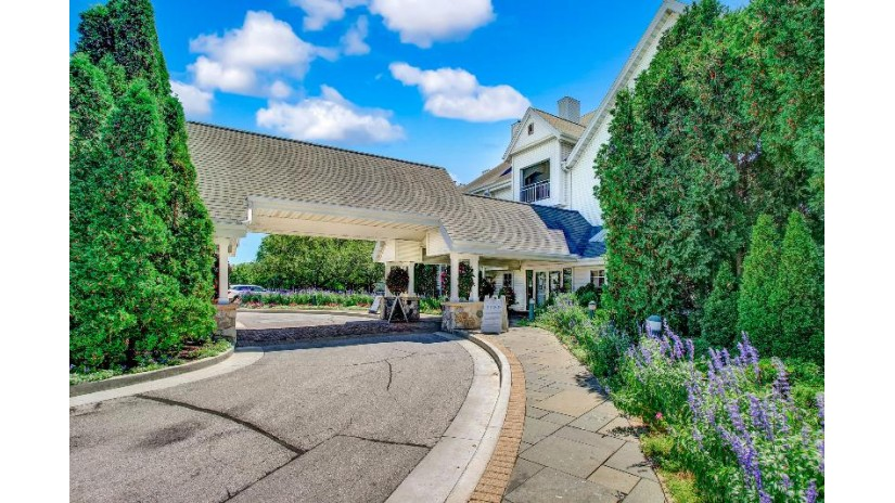 101 Osthoff Ave 456 Elkhart Lake, WI 53020-1976 by RE/MAX Gallery $249,000