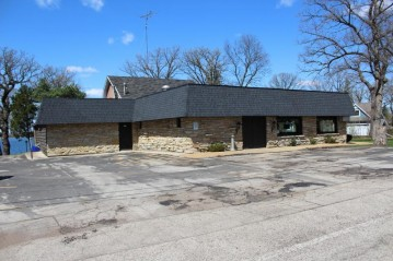 1725 South Shore Dr, Delavan, WI 53115-3620