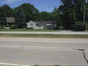 7855 Green Bay Rd, Pleasant Prairie, WI 53142
