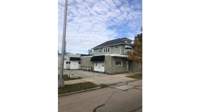 1318 N Main St -1324 Racine, WI 53403 by Real Estate One, Inc. $329,000