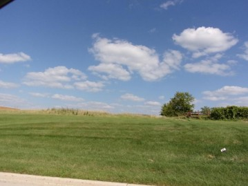 LT0 Gateway Dr, Watertown, WI 53094-7403