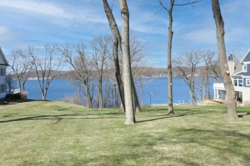 LT2 S Lake Shore Dr, Lake Geneva, WI 53147-2125
