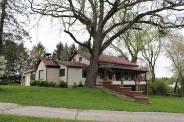 1743 Wisconsin Ave, Grafton, WI 53024-2400