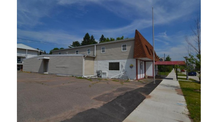 1024 South 1st Avenue Wausau, WI 54401 by Hocking Real Estate Services $179,900