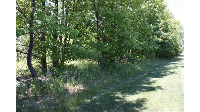 4583 Augusta Ct Egg Harbor, WI 54209 by Cb  Real Estate Group Fish Creek $64,900