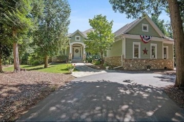 4116 Fox Hollow Ct, Fish Creek, WI 54212