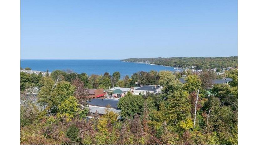 10609 Shore View Place 101 Sister Bay, WI 54234 by Kellstrom-Ray Agency $799,900