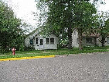 496 Argyle Ave S, Phillips, WI 54555