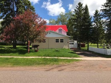 230 East 1st St, Jacobs, WI 54527