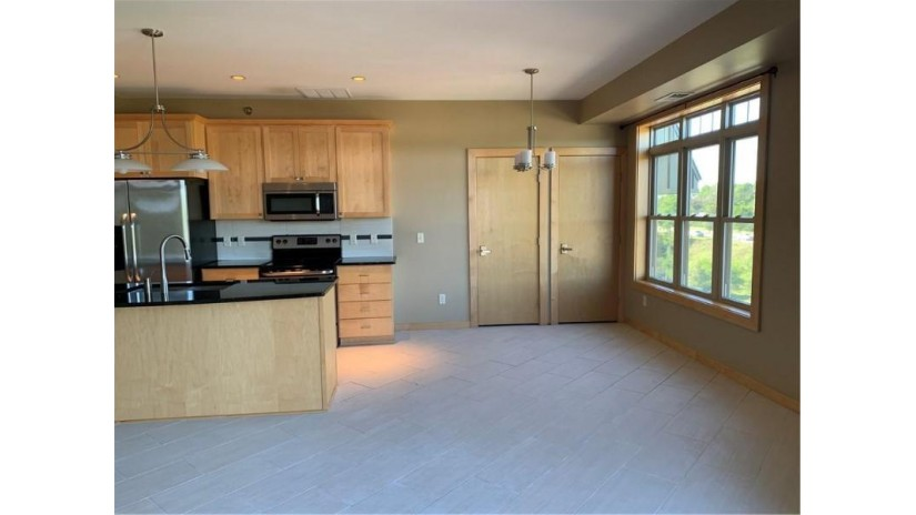 401 Pinnacle Way Eau Claire, WI 54701 by Prosper Real Estate $234,900