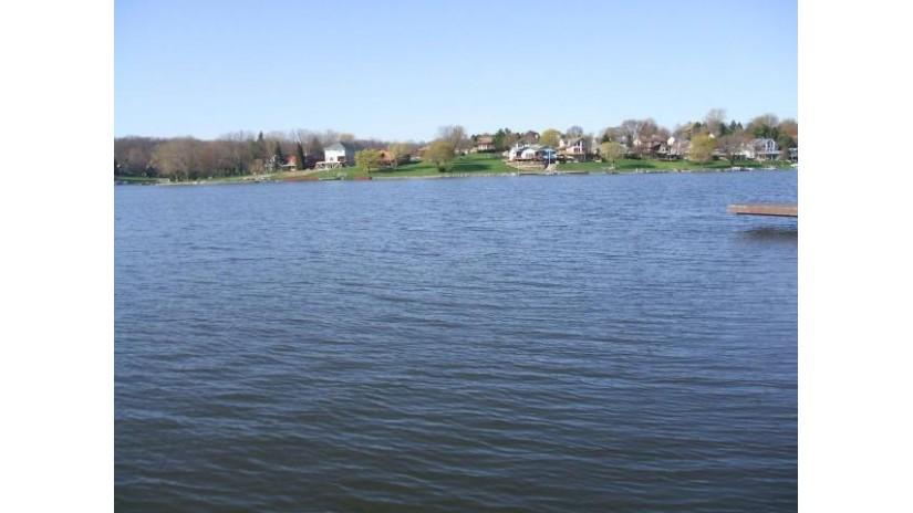 248 WICKSHIRE Lake Summerset, IL 61019 by Best Realty $4,000