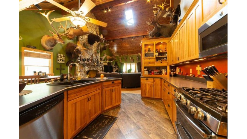 31570 Willow Rd. Lanark, IL 61046 by Whitetail Properties Real Estate Llc $950,000