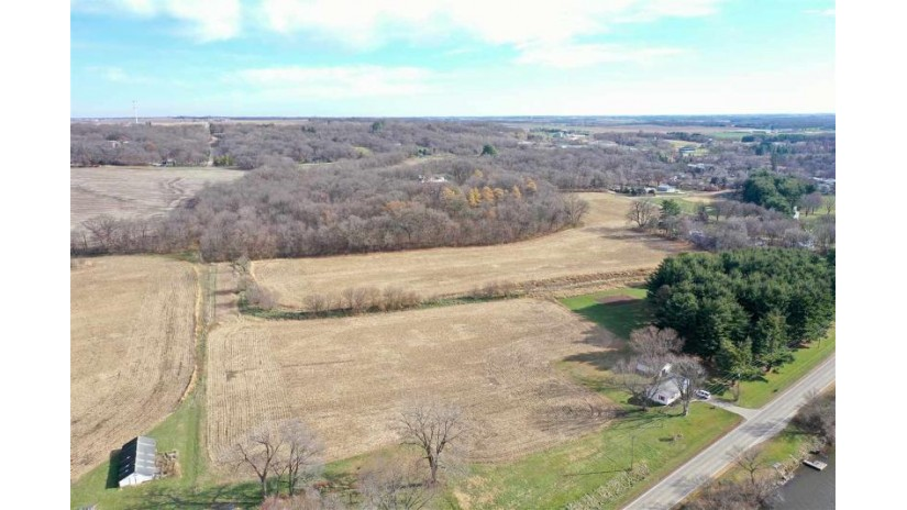 551 N River Rd. Oregon, IL 61061 by Whitetail Properties Real Estate Llc $1,913,500