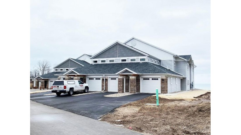 2616 Lake Street Algoma, WI 54201 by Todd Wiese Homeselling System, Inc. $319,900
