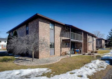 2300 Preble Avenue, Green Bay, WI 54302
