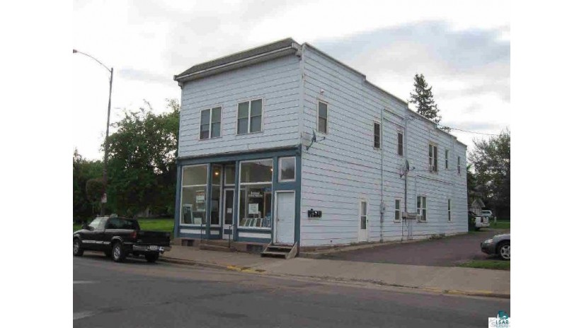 712 East Main St Ashland, WI 54806 by Coldwell Banker East West Ashland $218,500
