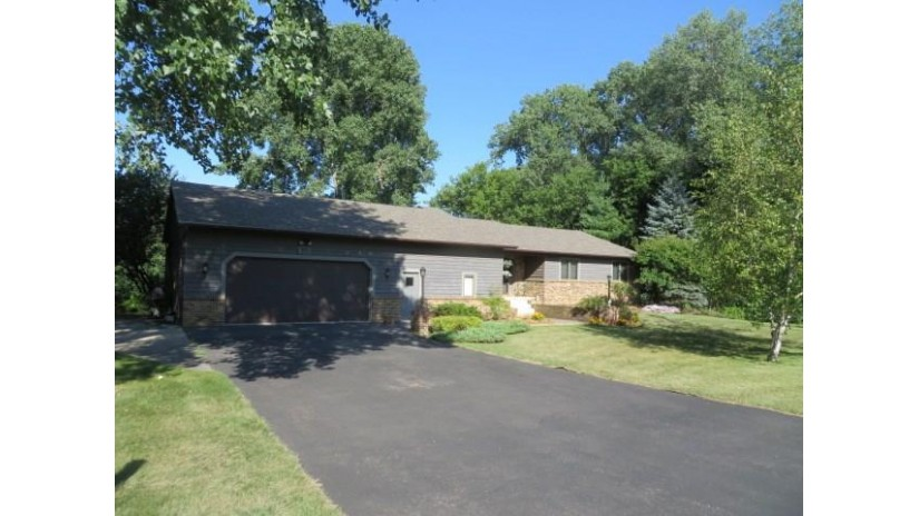 W745 Silver Creek Rd Brooklyn, WI 54941 by Adashun Jones Real Estate $479,000