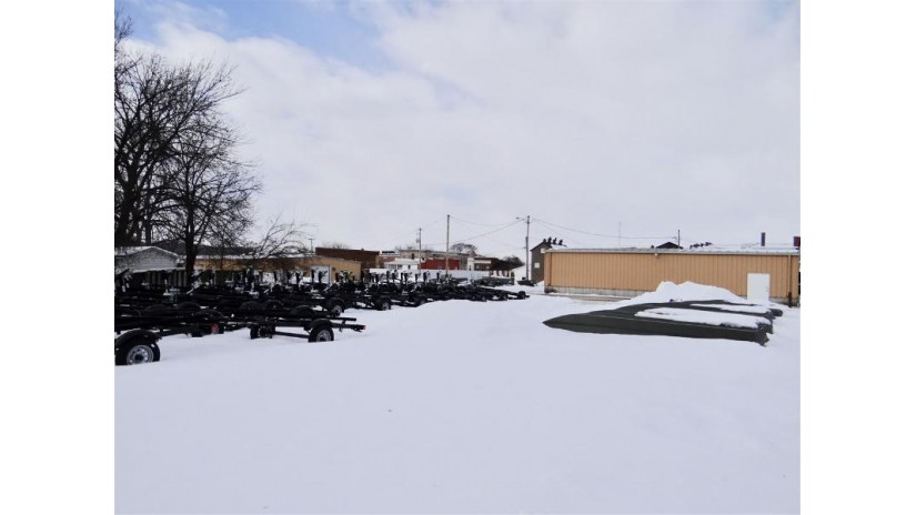 100-113-117 S Beaumont Rd Prairie Du Chien, WI 53821 by Re/Max Ridge-N-River $349,900