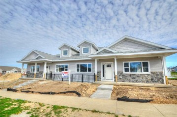 6286 Stone Gate Dr, Fitchburg, WI 53719