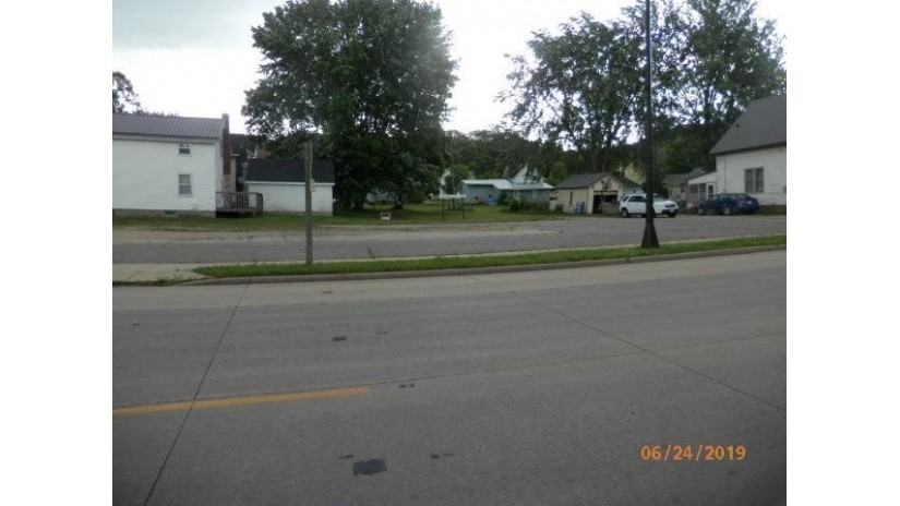 865 N Main St Richland Center, WI 53581 by Century 21 Complete Serv Realty $59,900