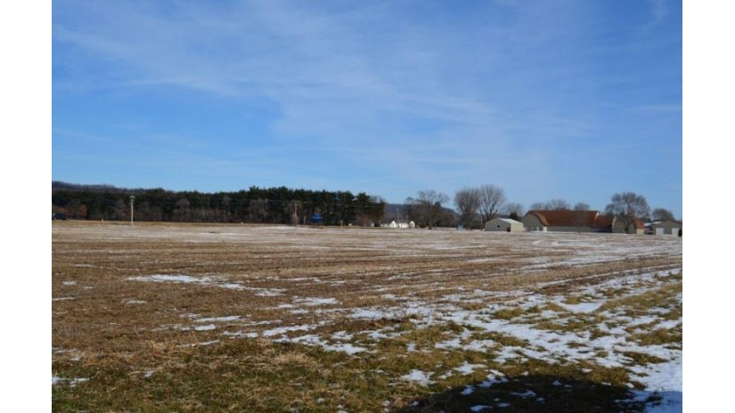 L67,68,70 Prairie Dr Spring Green, WI 53588-0000 by Century 21 Affiliated $35,000