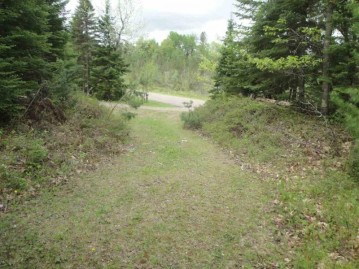 Off Yocum Rd, Crandon, WI 54520