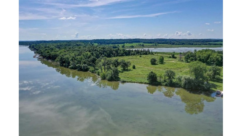 19 Lots 1st Ridge New Haven, WI 53920 by Restaino & Associates Era Powered $1,500,000