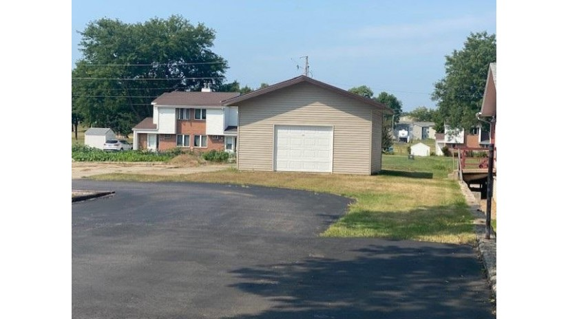 1015 8th St Baraboo, WI 53913 by First Weber Inc $274,900
