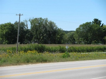 6.6 Ac Kahl Rd, Black Earth, WI 53515