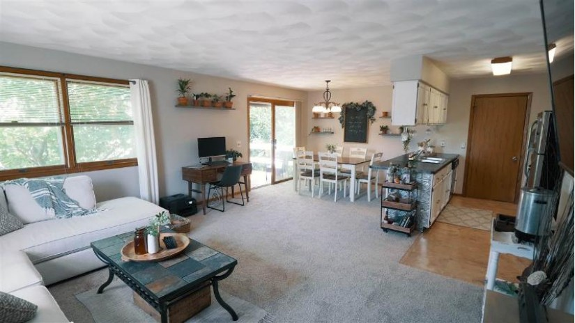 423 N Wright Rd Janesville, WI 53546 by Century 21 Affiliated $155,000