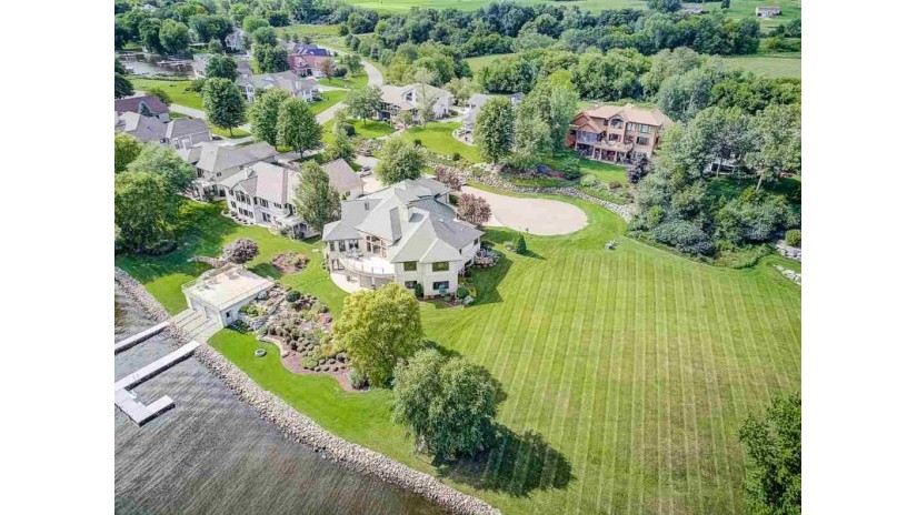 Unit 26 Water'S Edge Ct Merrimac, WI 53561 by Restaino & Associates Era Powered $599,000