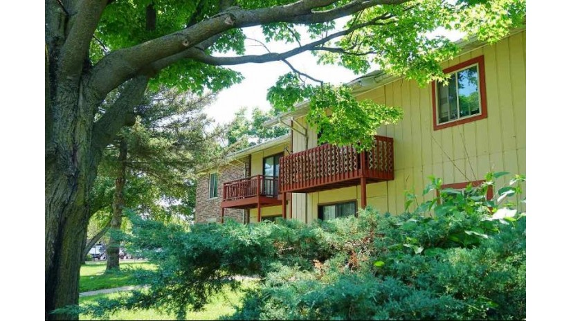 1901-1915 Greenway Cross Fitchburg, WI 53711 by Exp Realty, Llc $2,550,000